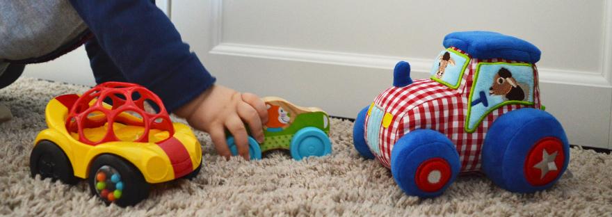 Spielzeug Baby 9 Monate Autos